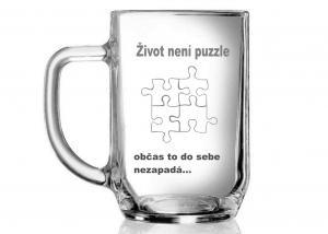 půllitr s motivem puzzle jako oznámení ukončením vztahu