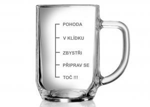 Vtipný pivní skleněný půllitr
