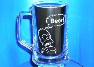 Půllitr na pivo s vybroušeným  obrázkem Homera Simpsona